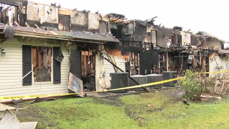 Richmond Hill community shows support to businesses impacted by damaging fire