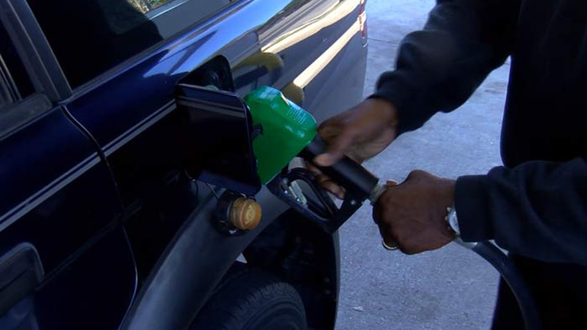 GasBuddy's daily survey of 3,028 stations in South Carolina says gas prices in the state are...