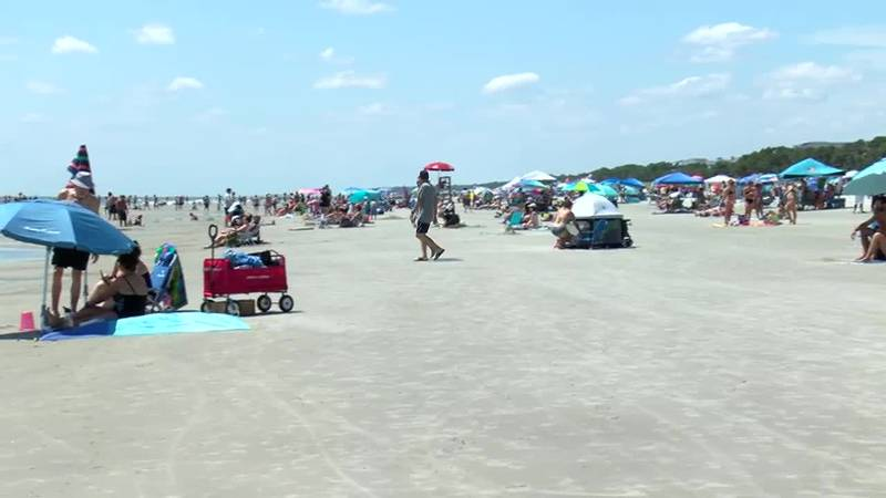Hilton Head businesses preparing for last holiday weekend of the season