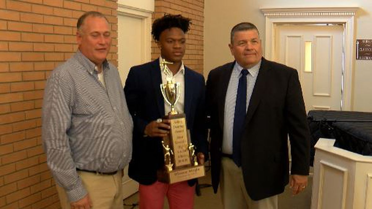 The Memorial Day standout was formally presented with the Ashley Dearing Award Thursday.