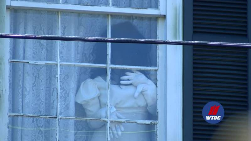 WTOC's Jake Wallace learns the story of the reported hauntings of The 17Hundred90.