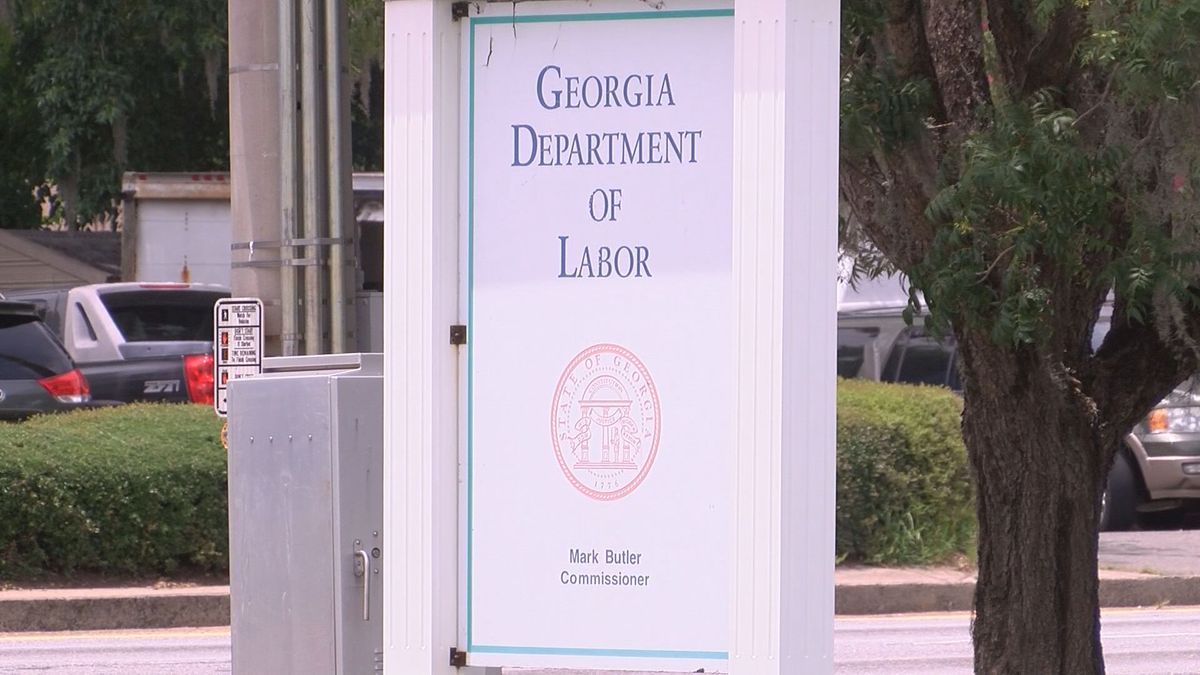 Georgians receiving unemployment benefits will once again be required to look for work.