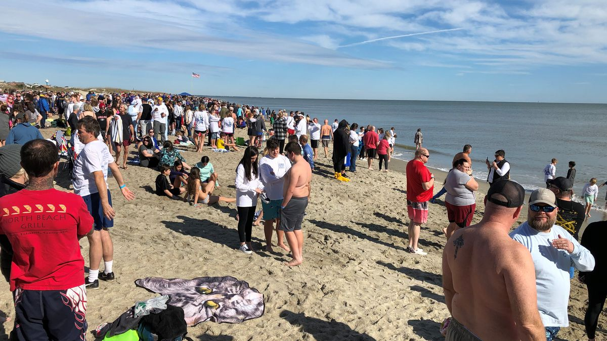 Thousands get ready to dive into the new year