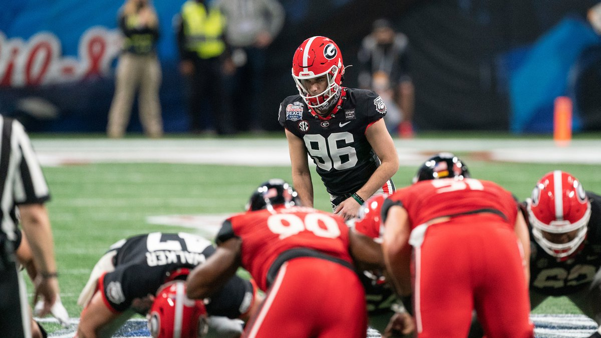Georgia Bulldogs kicker Jack Podlesny (96)  lines up prior to kicking a game-winning field goal...