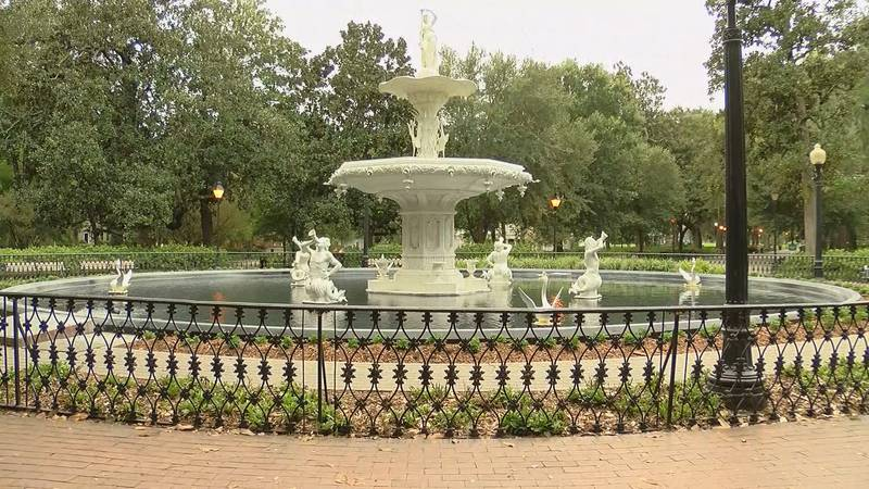 The iconic Forsyth Park fountain.