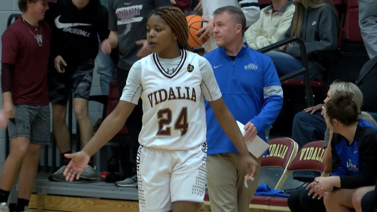 Vidalia takes down Banks County 55-36 to advance to the Class AA state quarterfinals.