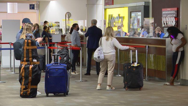 The line at a rental car counter at the Savannah-Hilton Head International Airport.