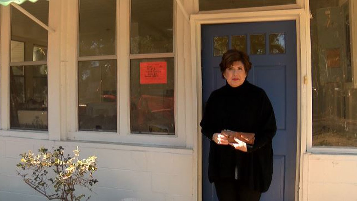 Mary Kay Andrews at Tybee Island Home