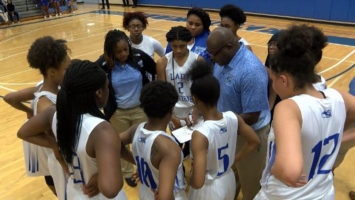 Several area girls' teams advanced to the Elite Eight