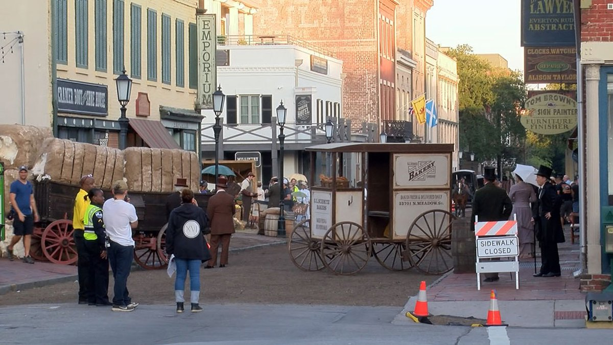 """Filming for """"Lady and the Tramp"""" in Savannah."""
